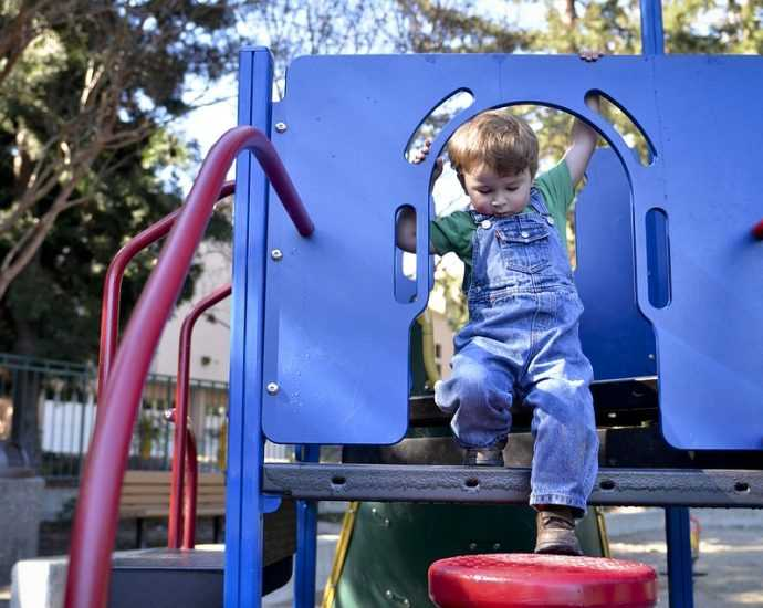 Backyard Play Area Creation Tips for the Entertainment of Your Kids